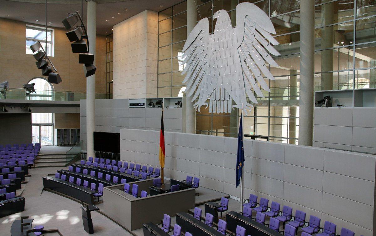 Nach der Bundestagswahl wird der Bundeskanzler vom Bundestag Bundestag gewählt.