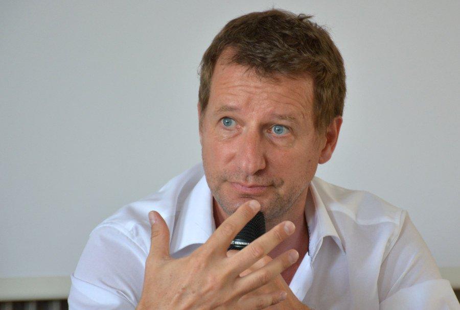 Yannick Jadot unterstützt Benoît Hamon bei der franzüsischen Präsidentschaftswahl